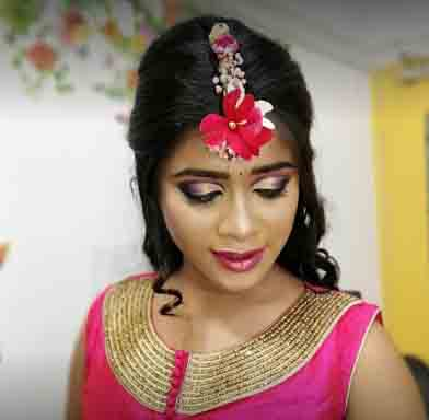 Swamini Beauty Parlor